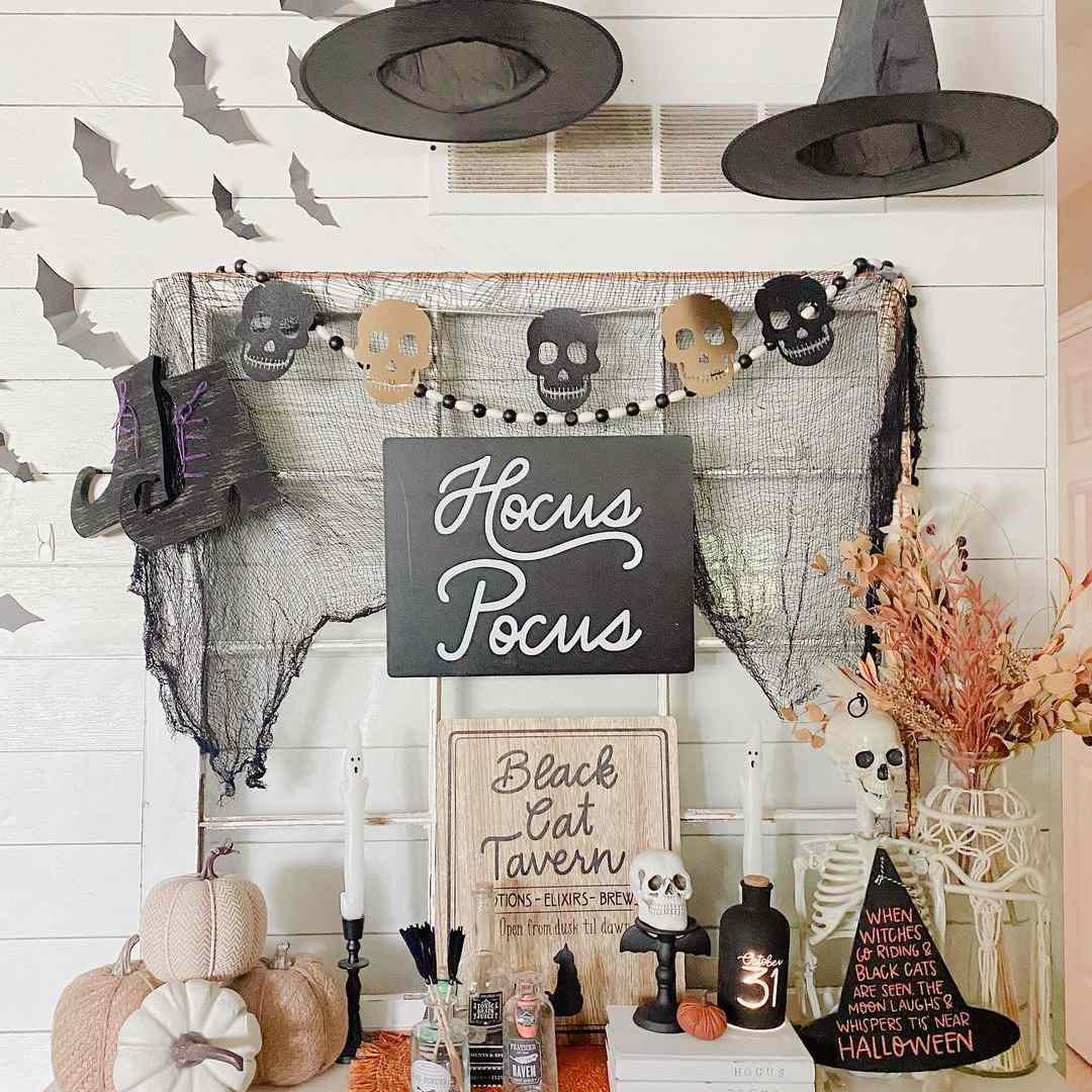 witchy buffet