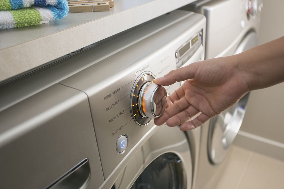 Select the Best Water Temperature for Laundry