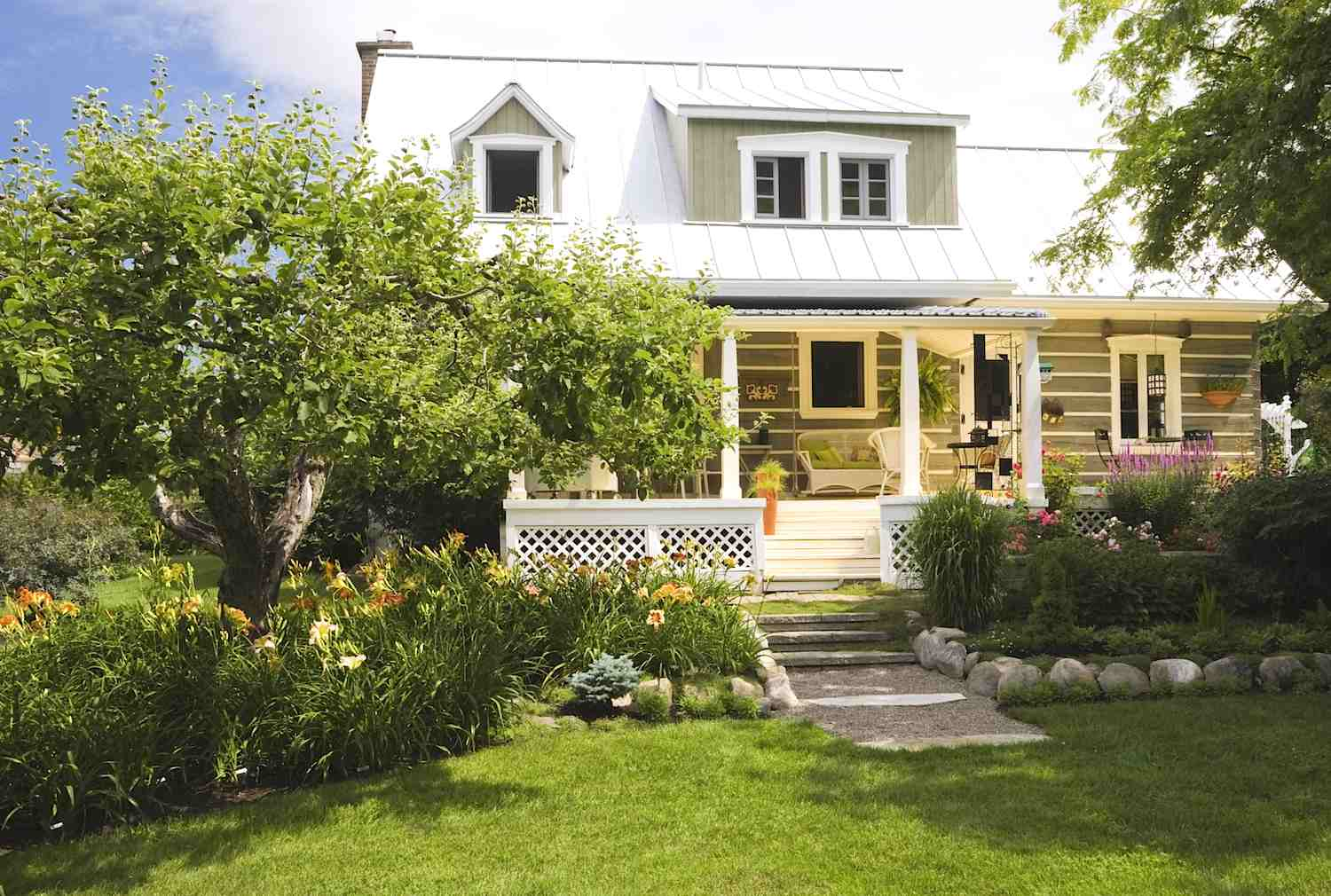 Enticing curb appeal ideas