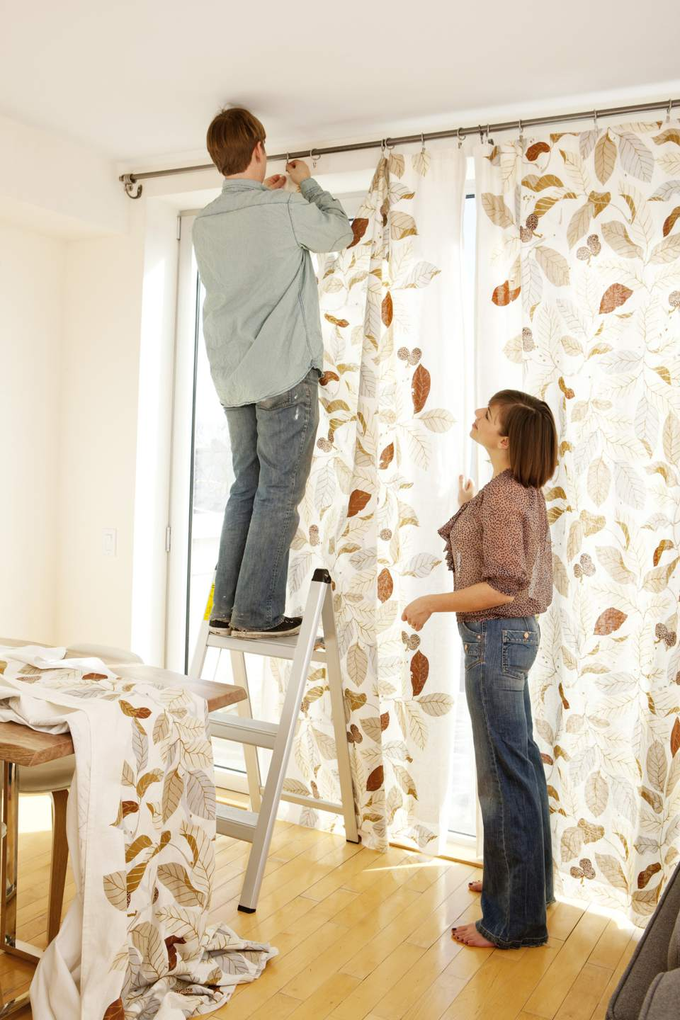 How To Make Your Mobile Home Ceilings Appear Taller