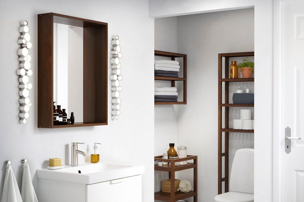 17 Ways To Beautify A Small Bathroom Without Remodeling