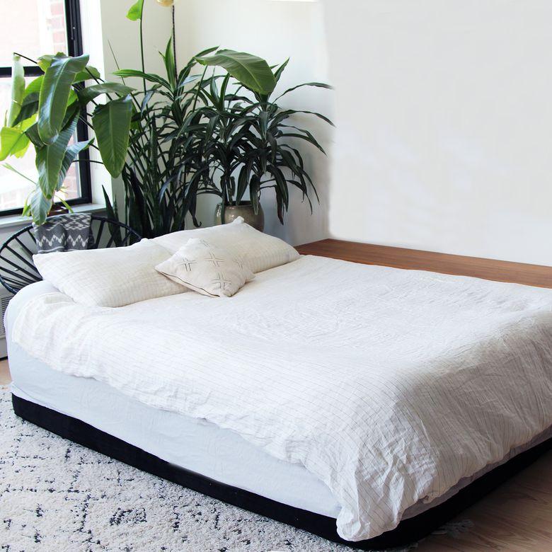 King Koil Luxury Raised Air Mattress