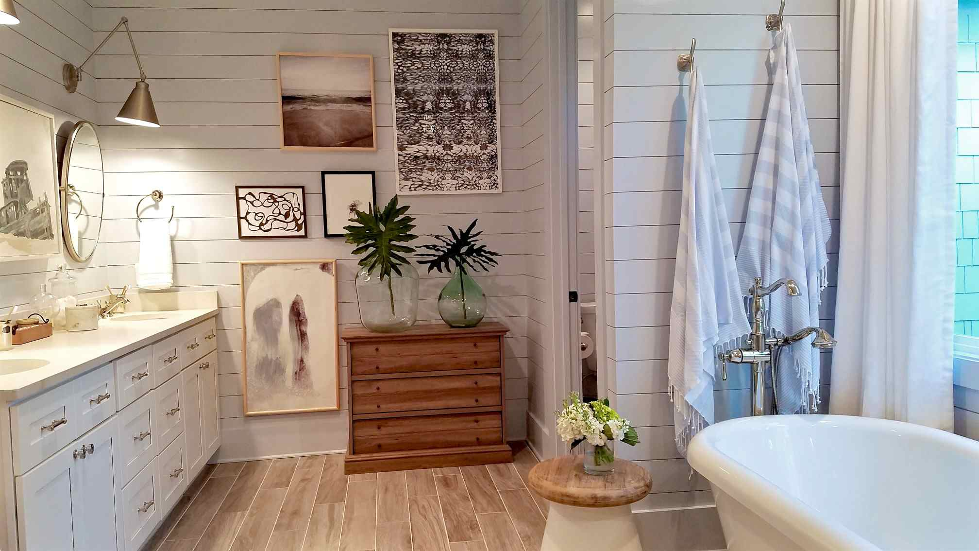 Style A Bathroom With Clawfoot Tub