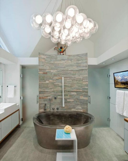 Baño Dream contemporáneo con bañera de acero