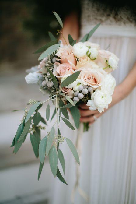 Ramo de boda de invierno de tulipán