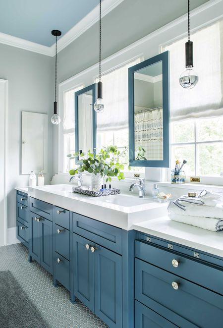 Teen In Bathroom | 15 Modern Teen Bathroom Ideas