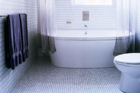 The Best Tile Ideas For Small Bathrooms - Best flooring to use in bathroom