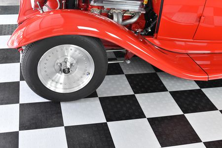 Choosing The Best Garage Floor Mats - Padded garage floor mats