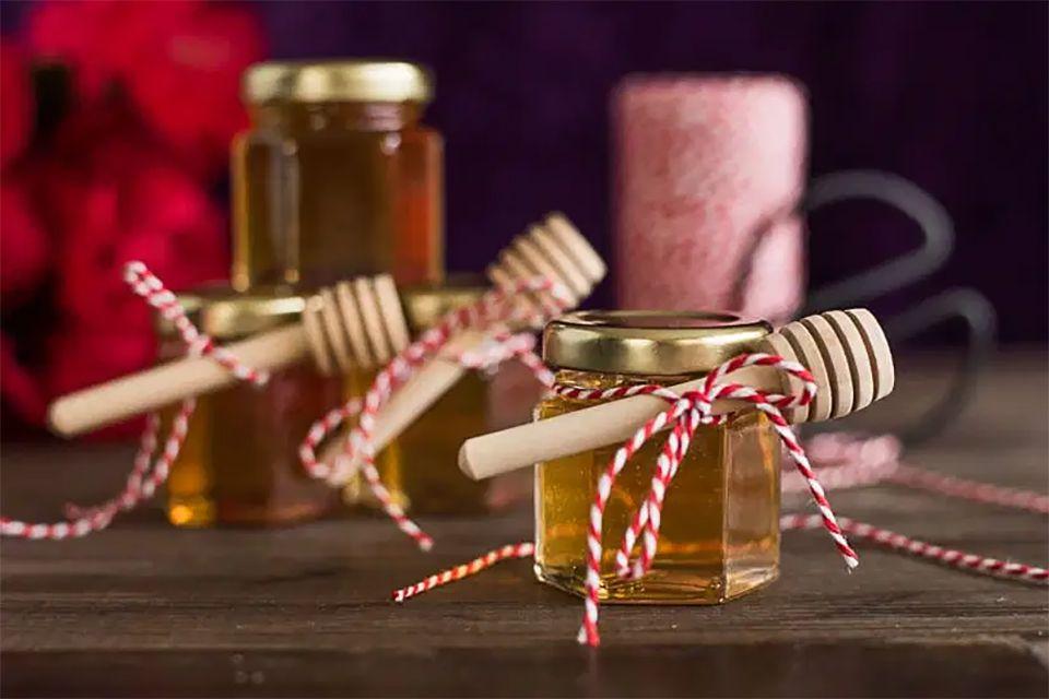 Little jars of honey