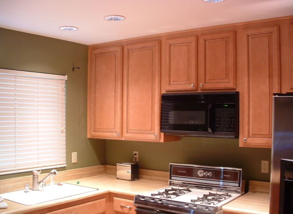 Kitchen Cabinets With No Soffit