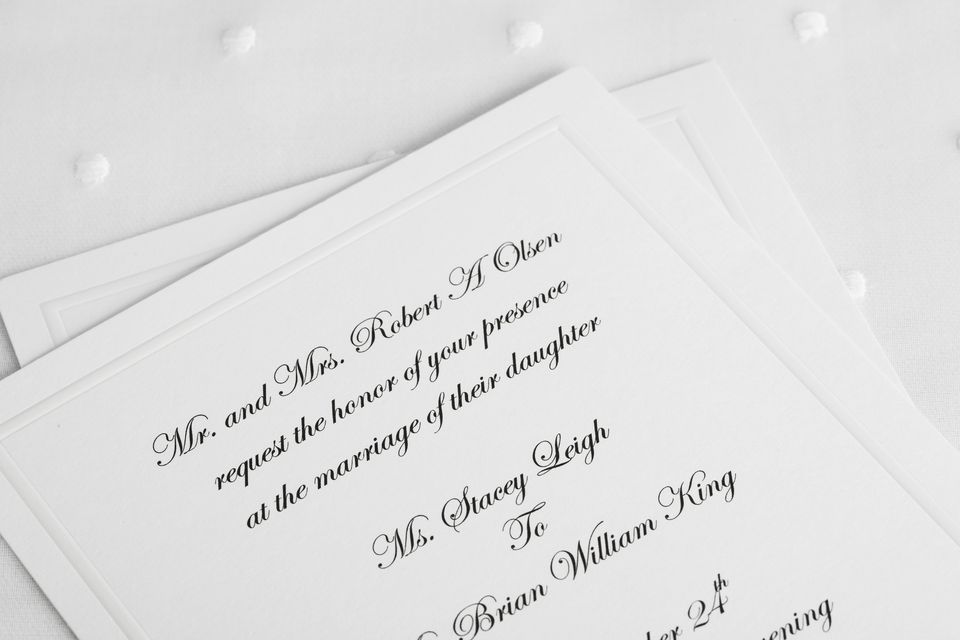 What Is The Etiquette For Wedding Invitations: Party Invitation Etiquette Tips