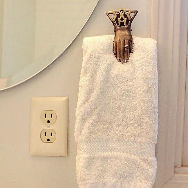 CarmonaHand-towel-holder1.jpg