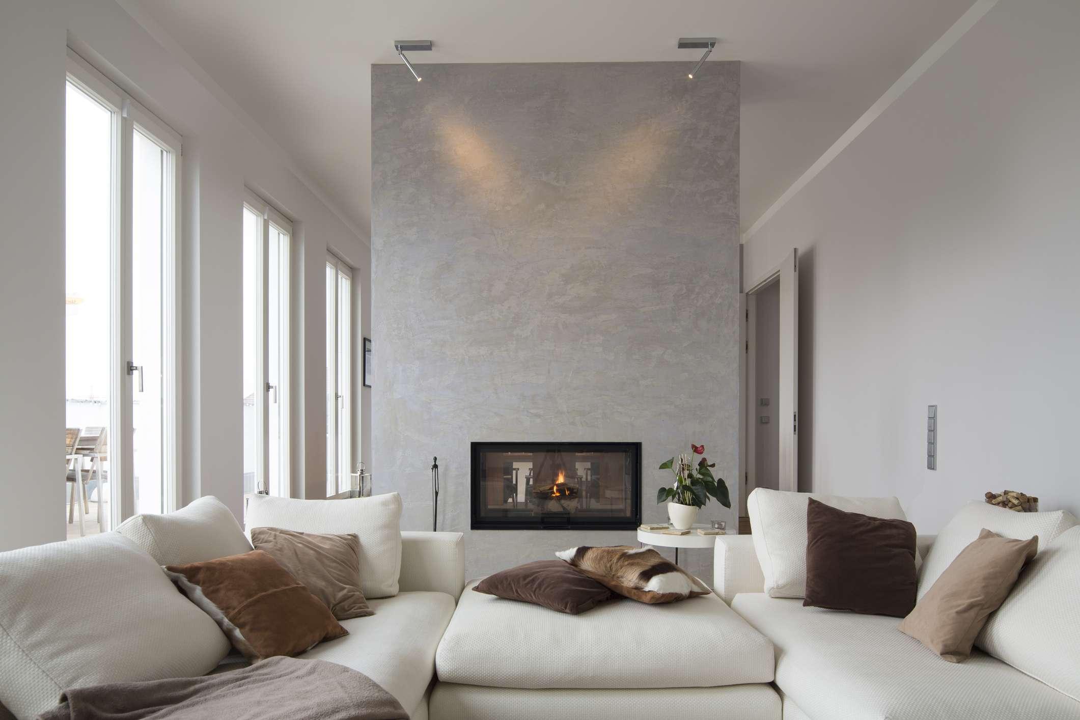 Minimalist double-sided fireplace