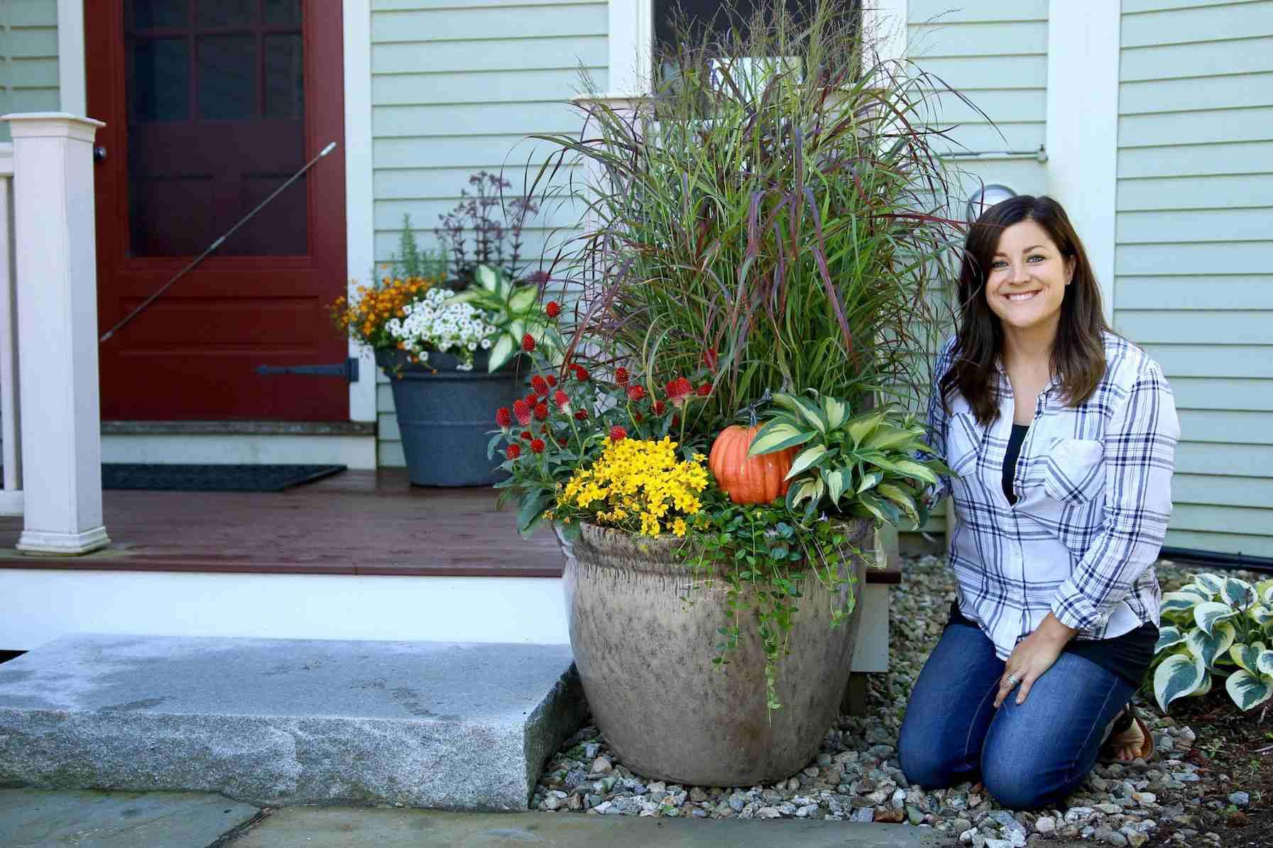 jardines de otoño de contenedores para el porche