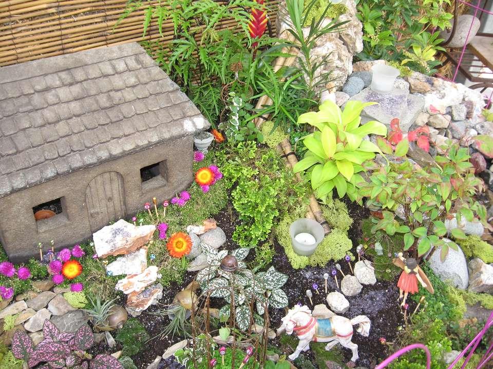 Puedes hacer un jardín de hadas en una tarde
