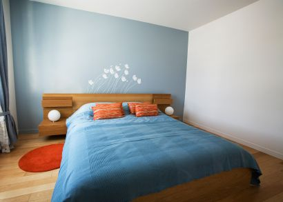 Contemporary Bedroom With wall stickers