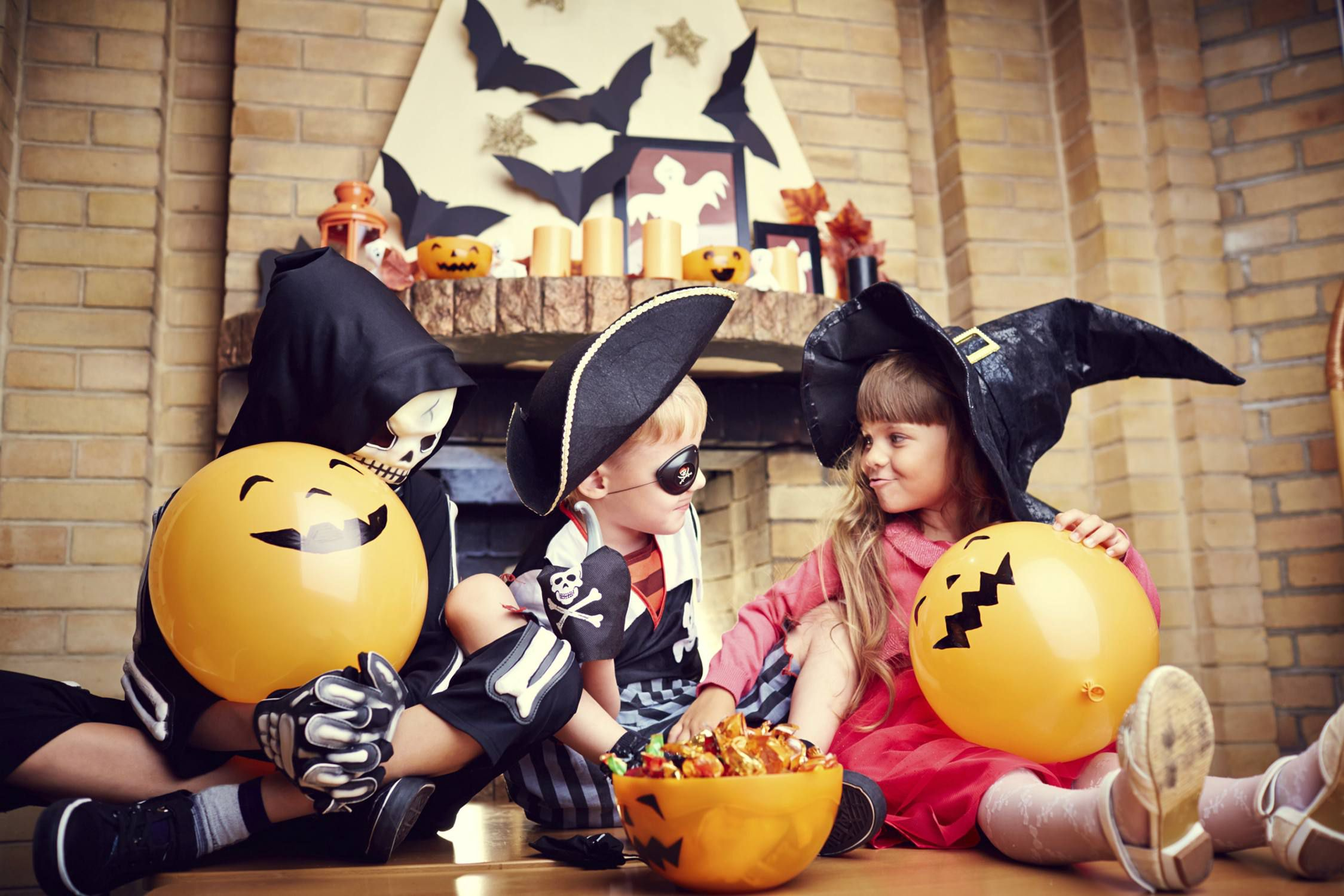 7 Top Tips For Throwing A Grand Party In A Small Home: Kid-Friendly Halloween Party Ideas That Aren't Scary