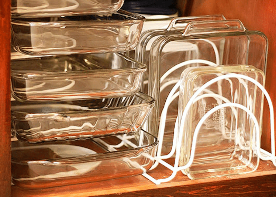 A smarter way to organize cooking pans and dishes