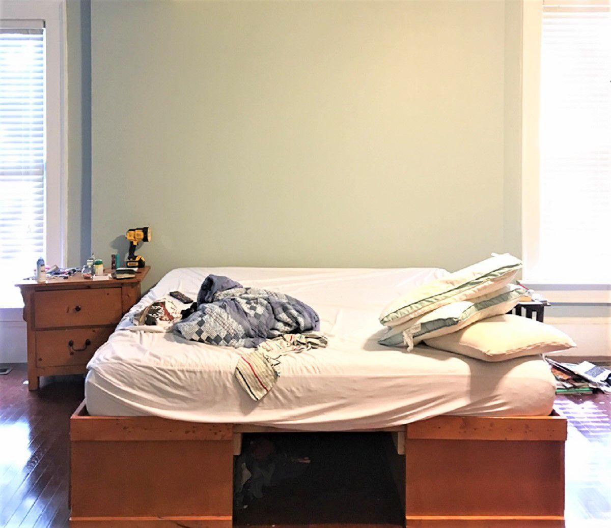 Habitación sencilla y cansada necesita un cambio de imagen: antes