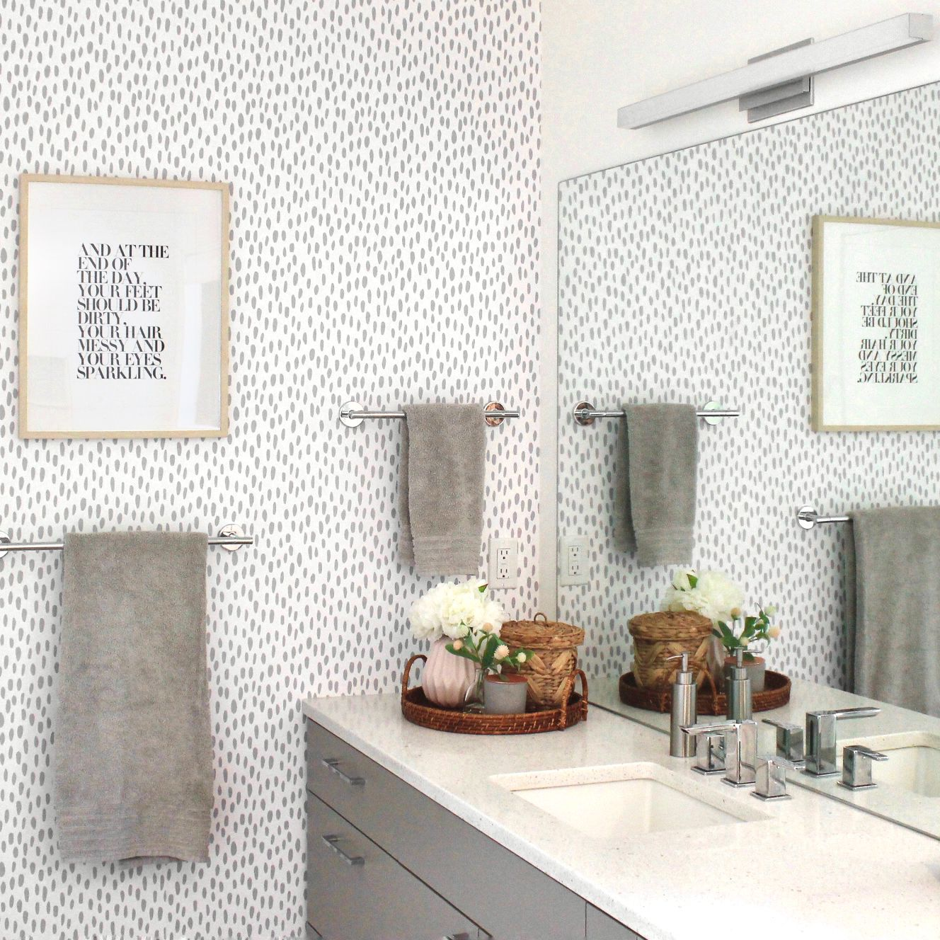 11 Classic Gray and White Bathrooms