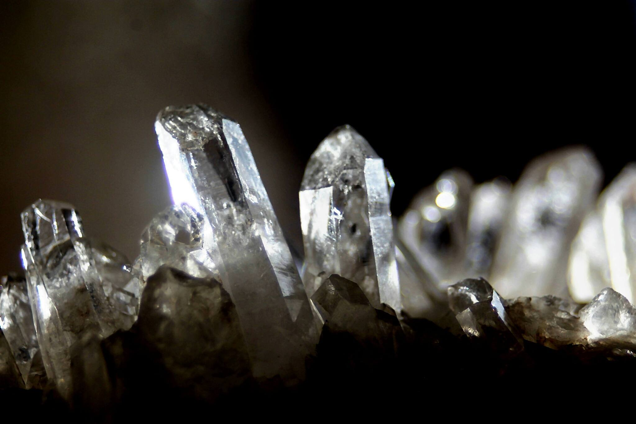 Close up of numerous crystals.