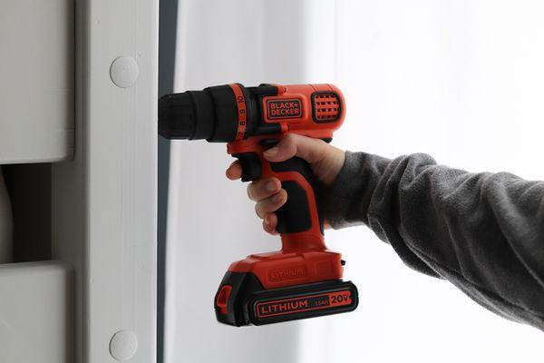 Black & Decker 20V Max Drill & Home Tool Kit