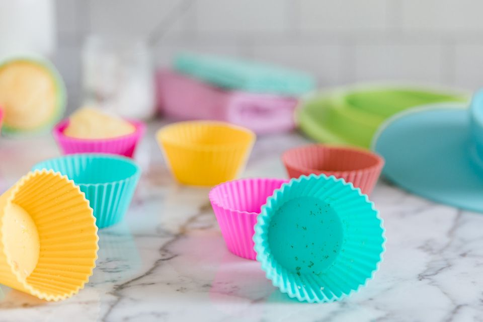 dirty silicone baking cups