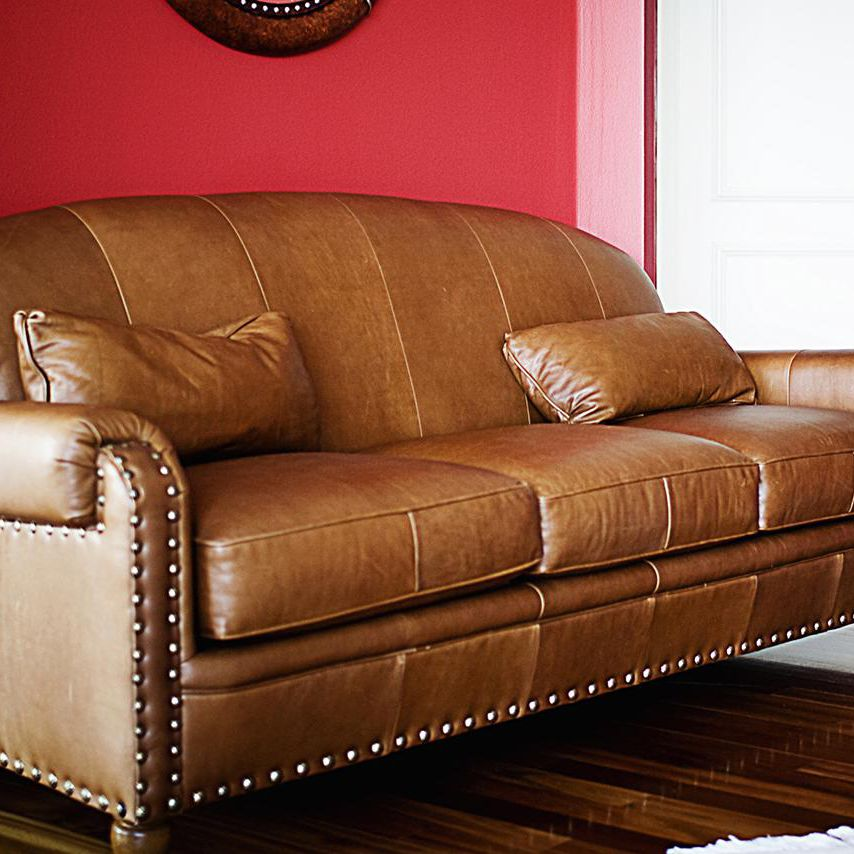 Davenport Mean In Furniture, Difference Between A Couch Sofa And Davenport