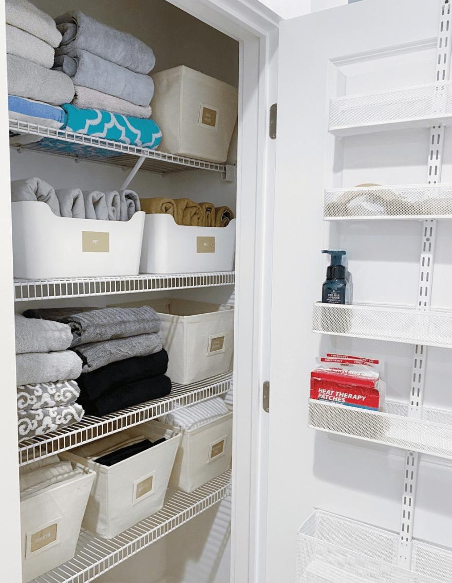 using the closet door to store toiletries