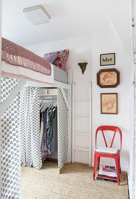 Divisores de cortina de cama abuhardillados