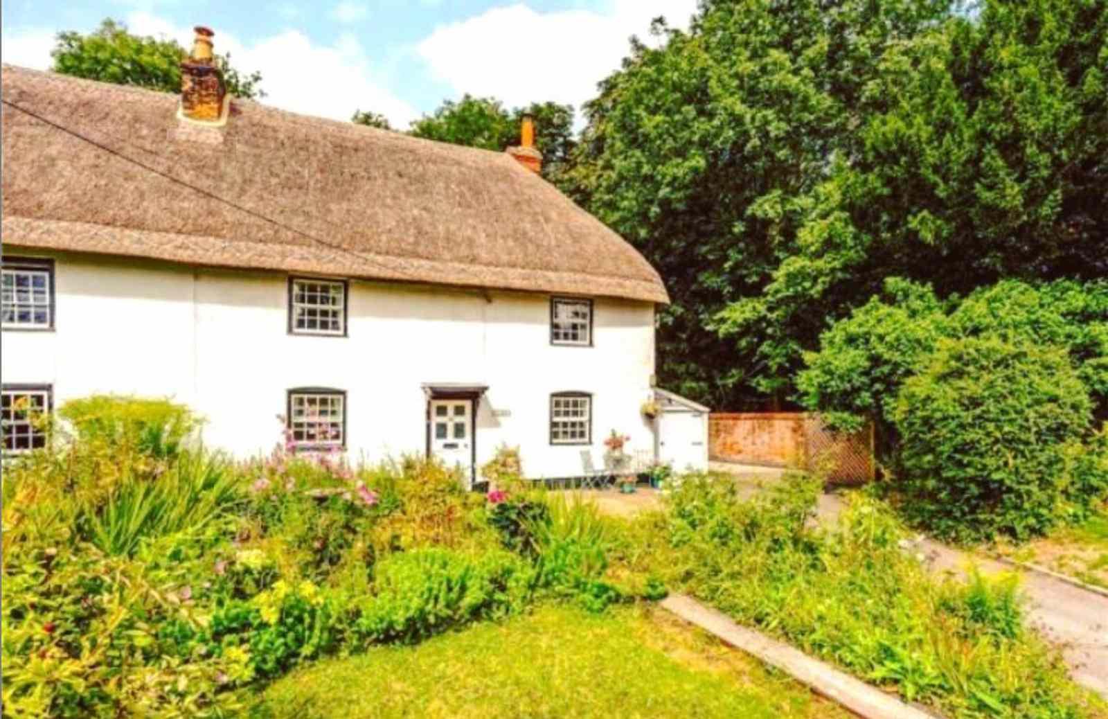 Wiltshire English Cottage