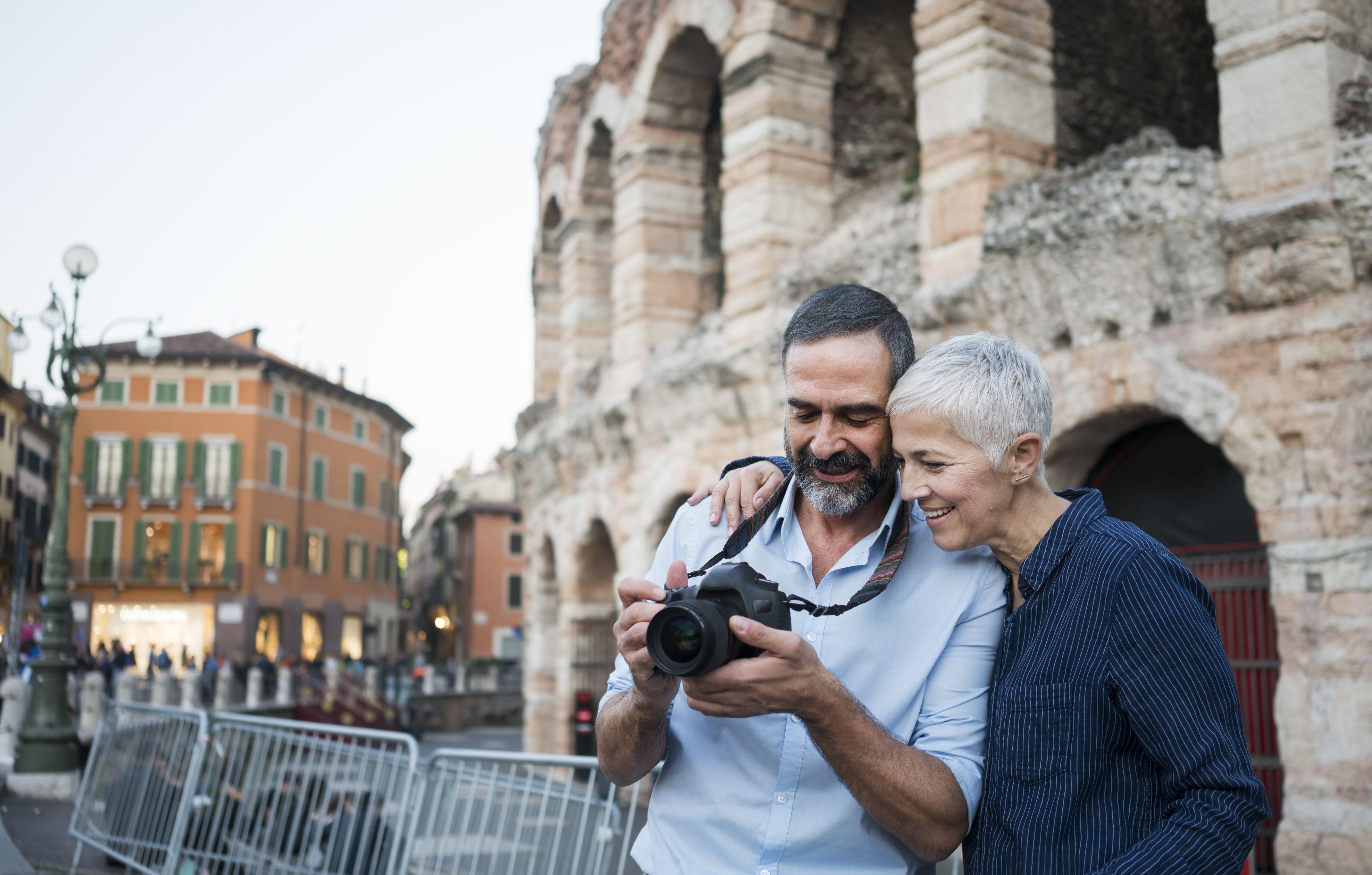 Pareja de ancianos en Italia
