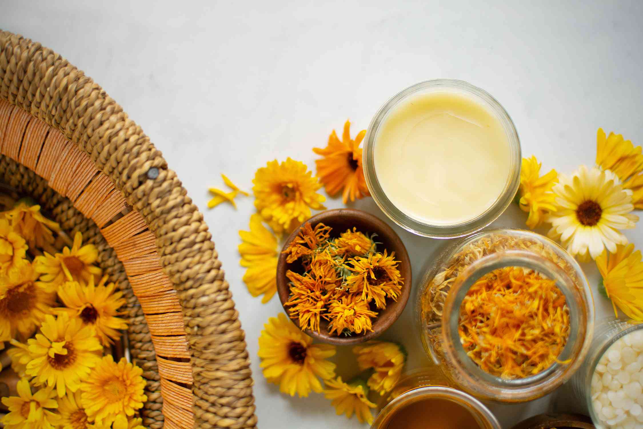 using dried herbs to make healing lotion