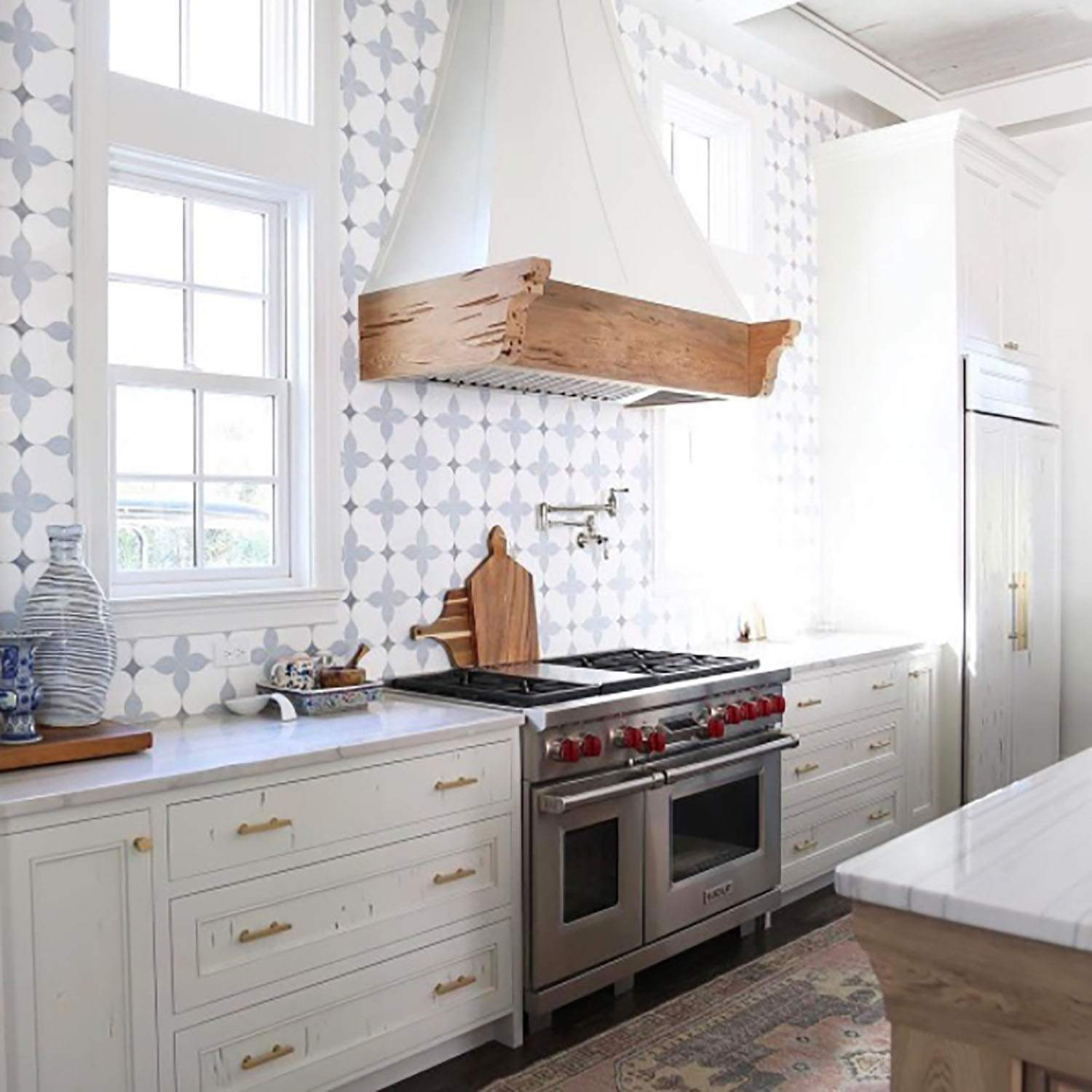 - 20 Unique Kitchen Backsplashes That Aren't Subway Tile