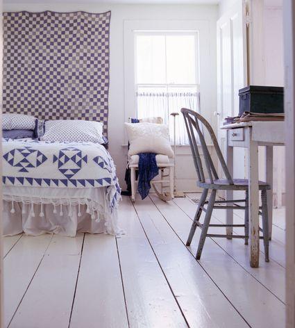 10 Different Ways To Decorate Bedroom Walls