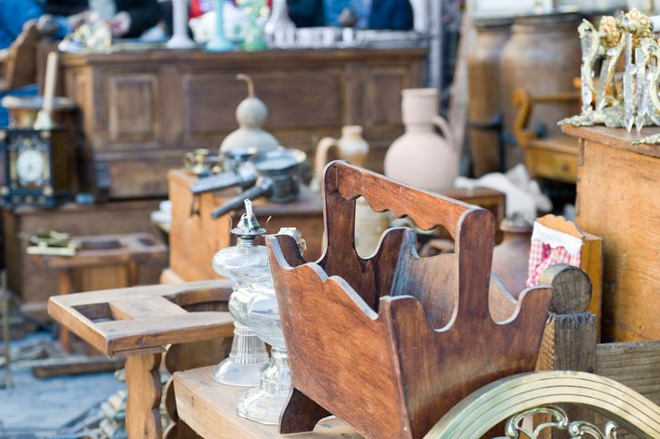 8 mistakes people make at garage sales