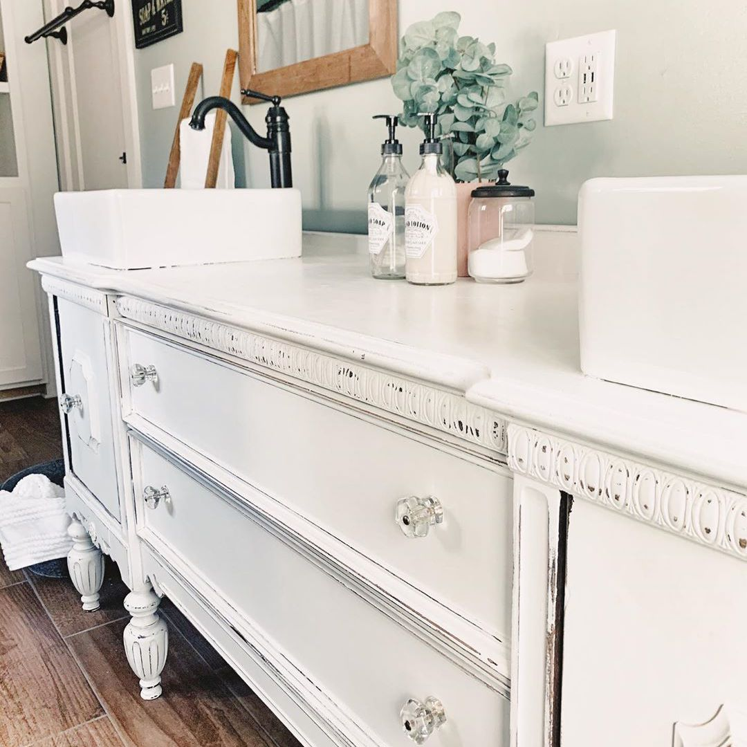 White shabby chic bathroom vanity
