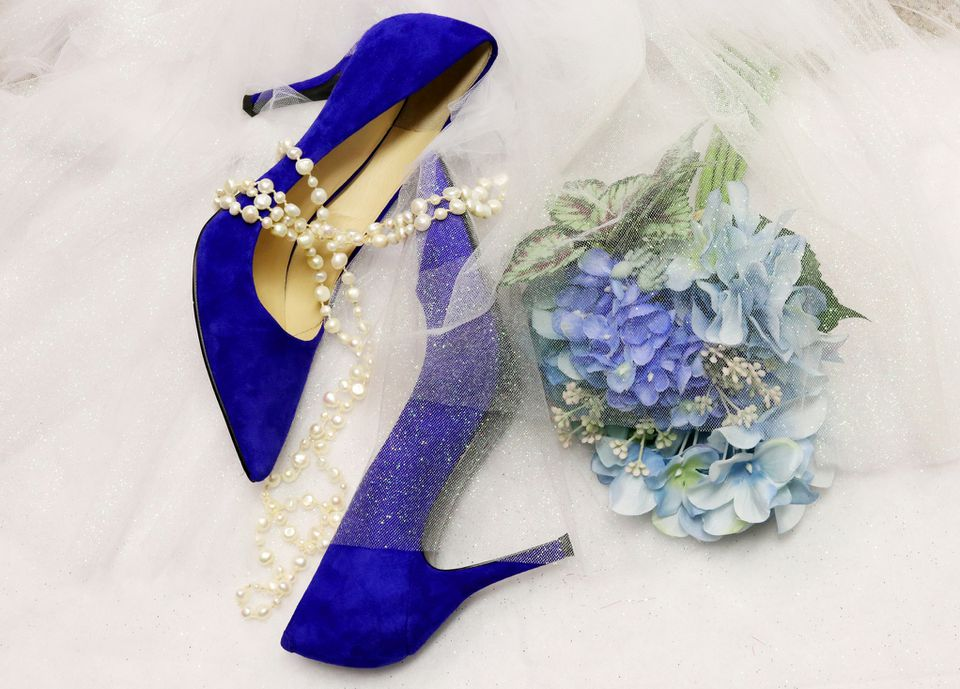 Bride blue accessories
