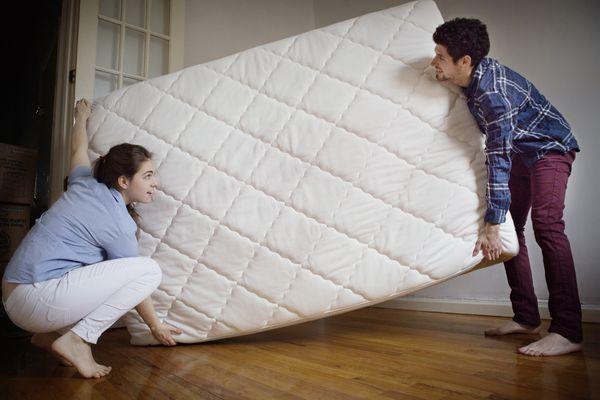 couple moving mattress