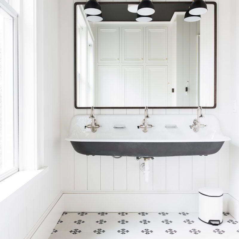 15 Modern Teen Bathroom Ideas