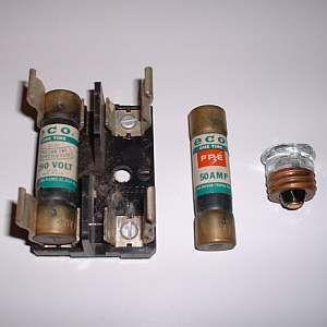 Plug vs  Cartridge Electrical Fuses