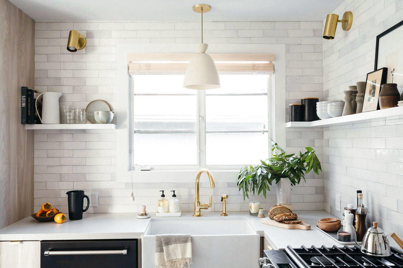 17 Beautiful Quartz Kitchen Countertops on Kitchen Counter Top Decor  id=61371