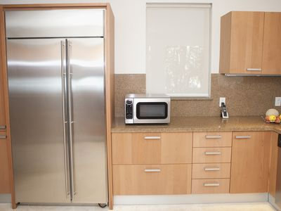 how pros estimate kitchen remodeling costs 4 examples