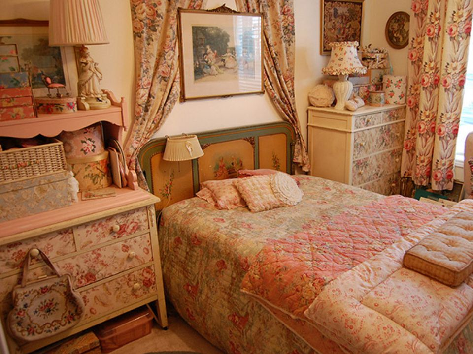 vintage bedroom decorating ideas tips and ideas for decorating a bedroom in vintage style 7697
