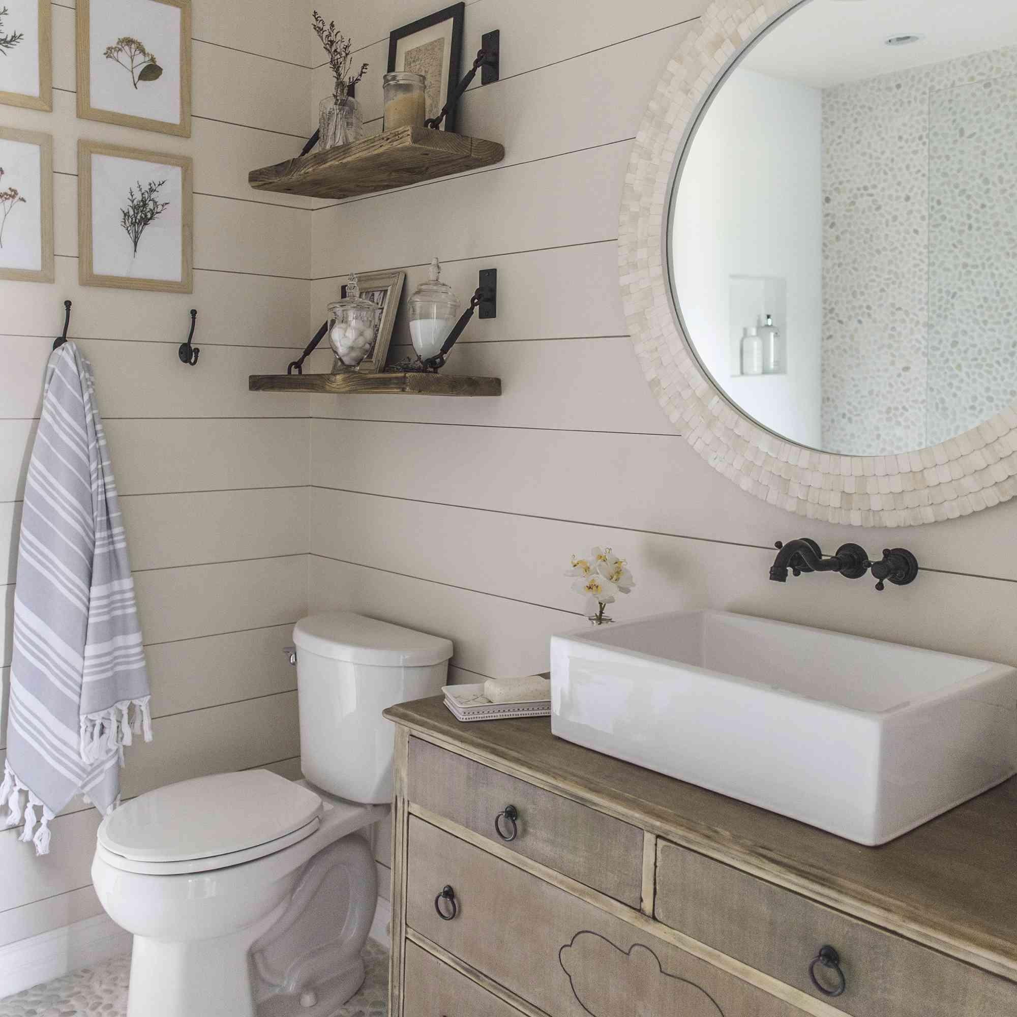 Rustic Chic Modern Farmhouse Bathrooms