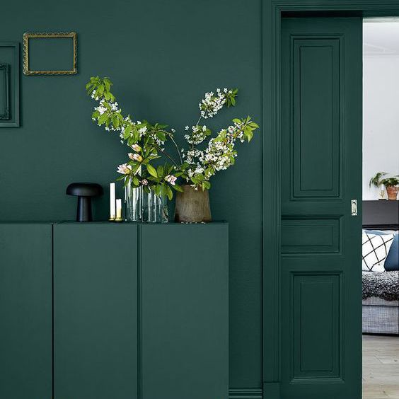 Colorblocked room in rich, deep shade of green
