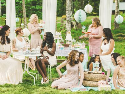 how to throw a great bridal shower