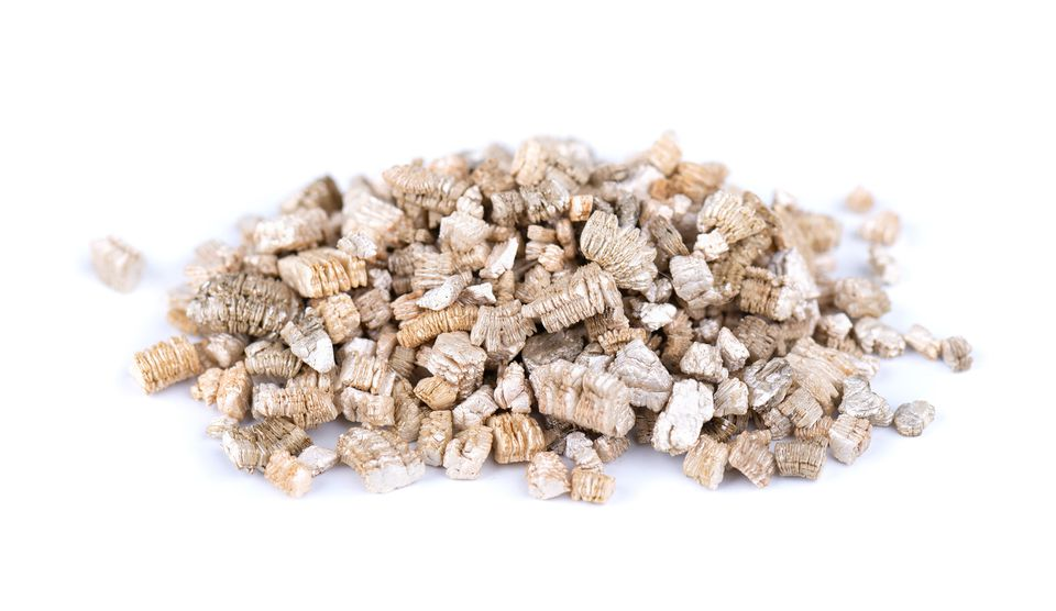 Small pile of vermiculite.