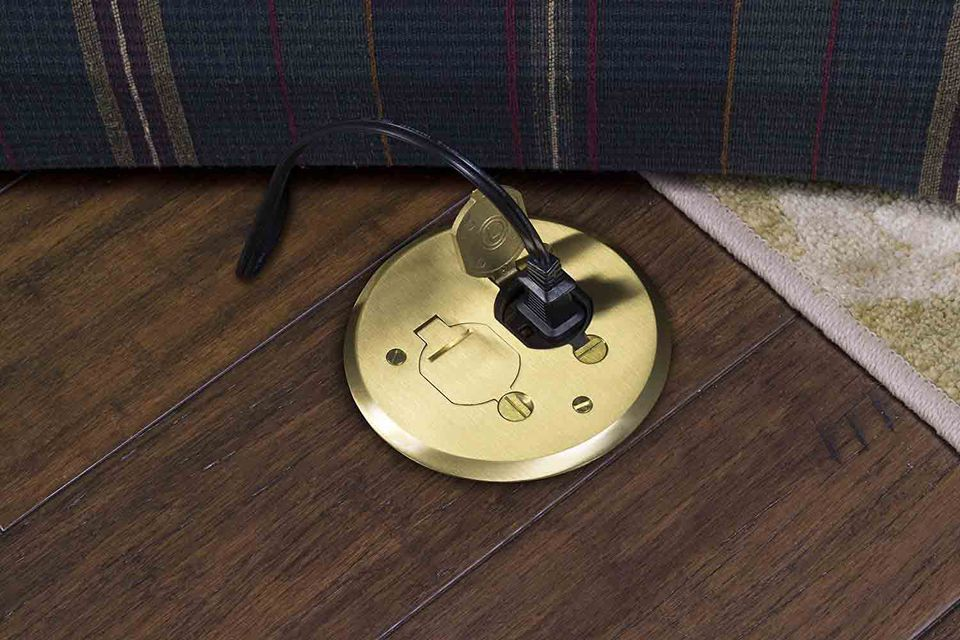 Electrical floor outlet