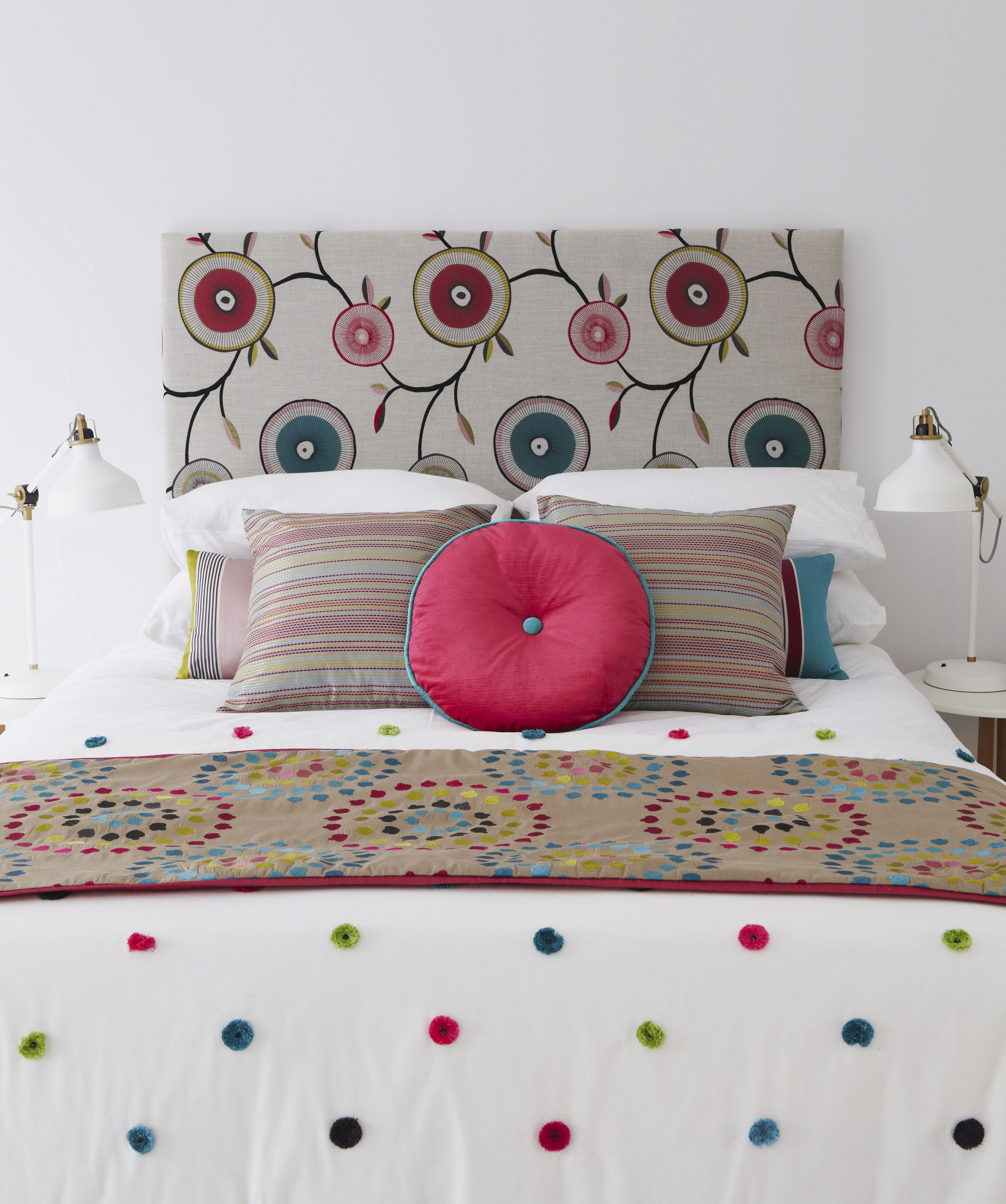 How to Choose Accents to Decorate a Bedroom